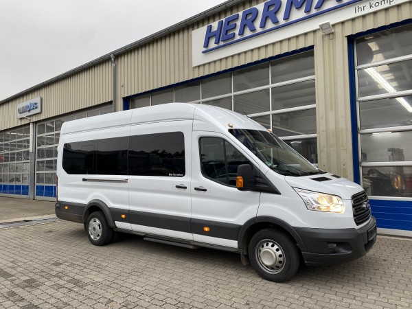Ford Transit Bus 460